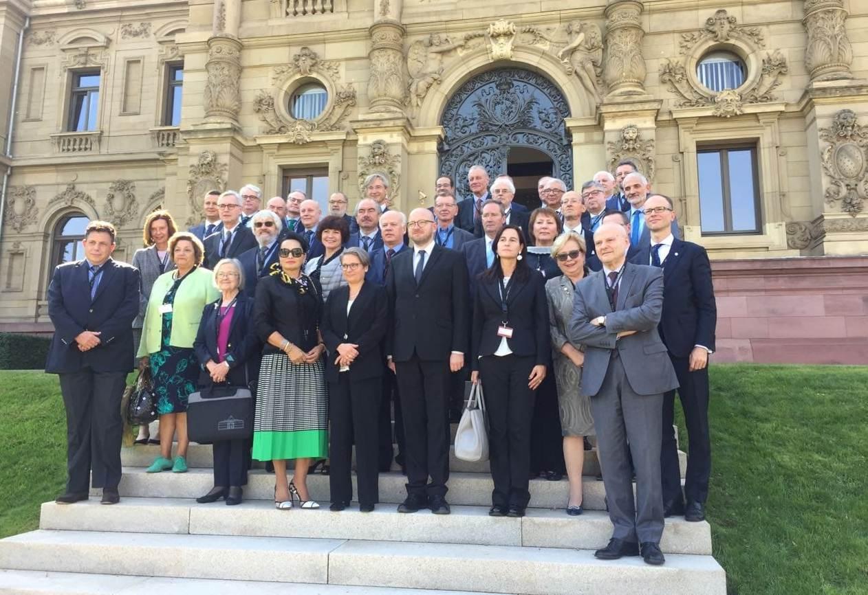 """Me ftesë të Kryetares së Gjykatës së Lartë Federale të Gjermanisë Bettina Limperg, Kryetari i Gjykatës së Lartë Z. Xhezair Zaganjori mori pjesë në konferencën e """"Rrjetit të Kryetarëve të Gjykatave të Larta të vendeve të Bashkimit Evropian"""""""