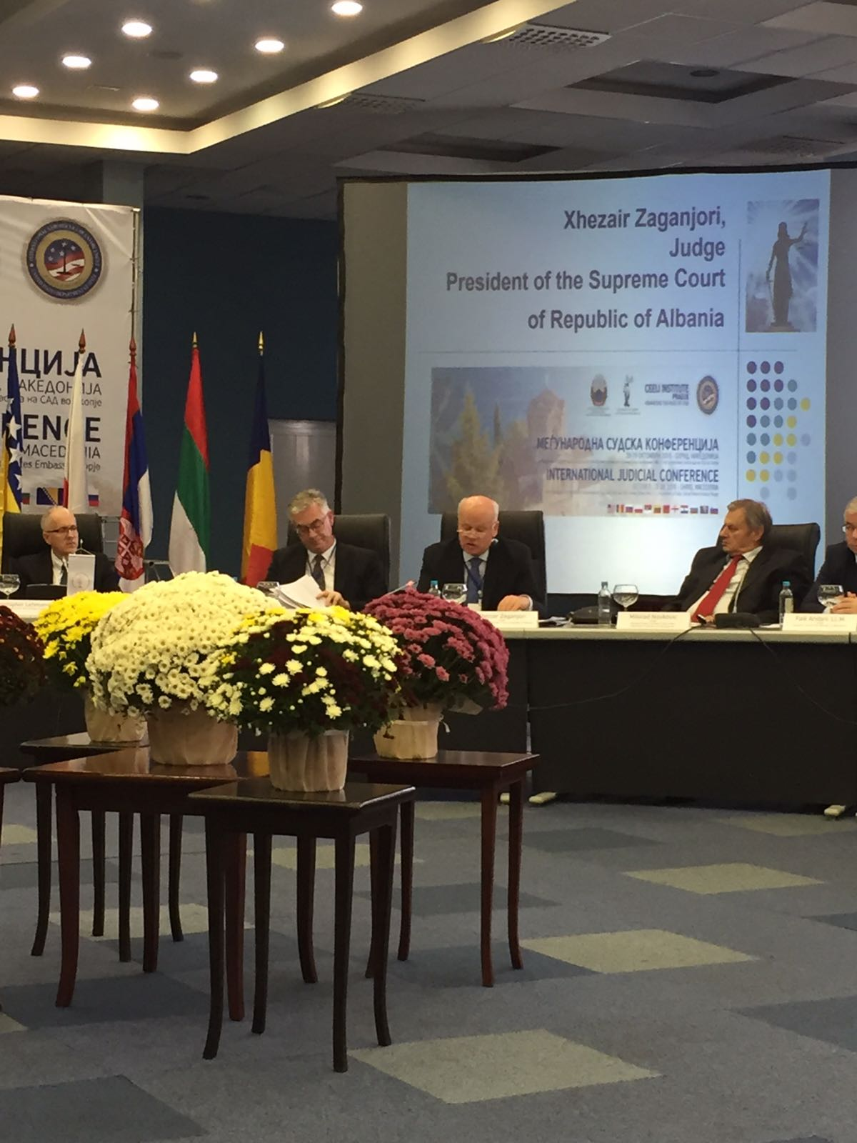 """Kryetari i Gjykatës së Lartë Z. Xhezair Zaganjori mori pjesë në Konferencën Ndërkombëtare me titull: """"Pavarësia e Gjyqësorit"""" mbajtur në Ohër, Maqedoni në datat 28-29 tetor 2016"""