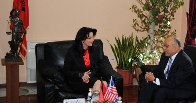 On Friday 04.15.2011, the President of the Supreme Court Ms. Shpresa Beçaj had a cordial meeting with the Ambassador of the United States of America, Mr. Alexander Arvizu, and Ms. Cindy Eldridge an expert on justice matters.