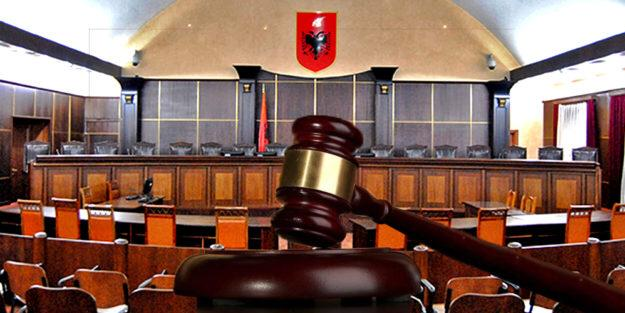 Gjykata e Lartë i uron mirëseardhjen Z.Sokol Binaj, Znj. Albana Boksi, Z. Sandër Simoni dhe Z. Klodian Kurushi.